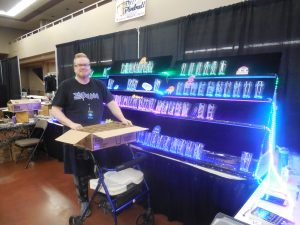 Vendors also were setting up bright and early. Here's our good friend Moto with his awesome etched glasses.